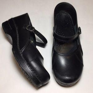Dansko Black Marcelle Clogs Size 39
